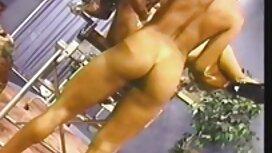 Plantureuse blonde Lydia Pirelli trio video porno gay gratuite dans une voiture M22