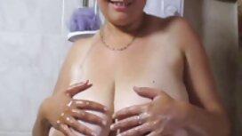 Superbe blonde dans la baignoire film x transsexuel